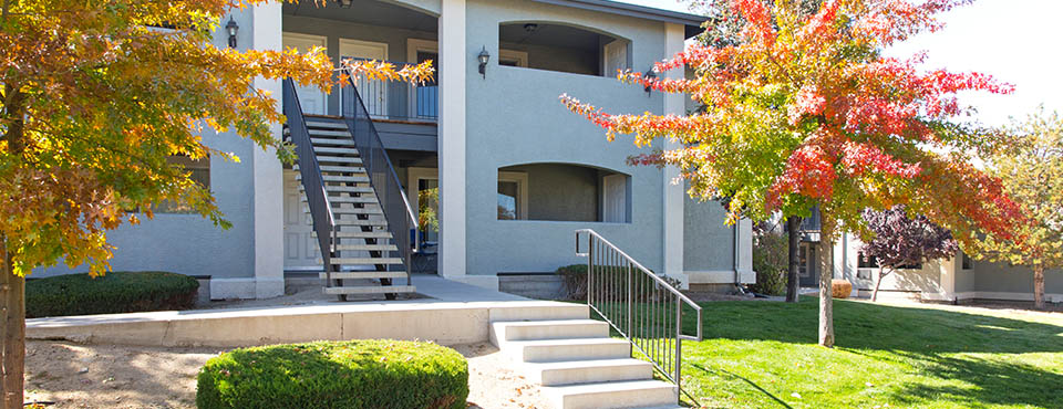 Silver Lake Apartments